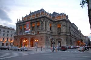 Ifjúsági programok az Opera szervezésével