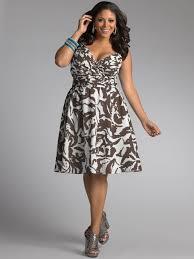 Nagyméretű női ruhák kiváló gyártoktól - Kulturart 4d51af232e