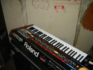 Roland szintetizátor